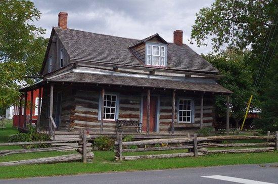 Glengarry Pioneer Museum