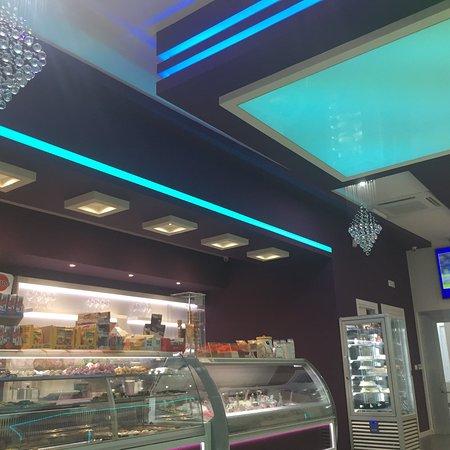 Luxury Cafe