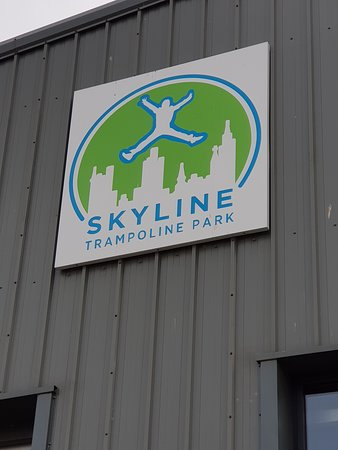 Skyline Trampoline Park: Well Sign Posted