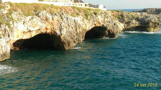 P_20180924_170603_1_p_large.jpg - Picture of Tre Porte Caves, Santa ...
