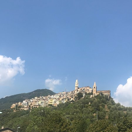 Montalto Ligure, Włochy: Scorci di Montalto