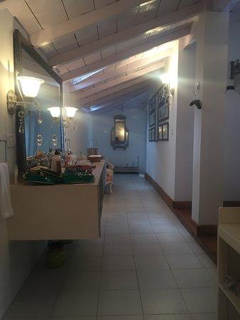 Te Aroha Dhanachuli Photo