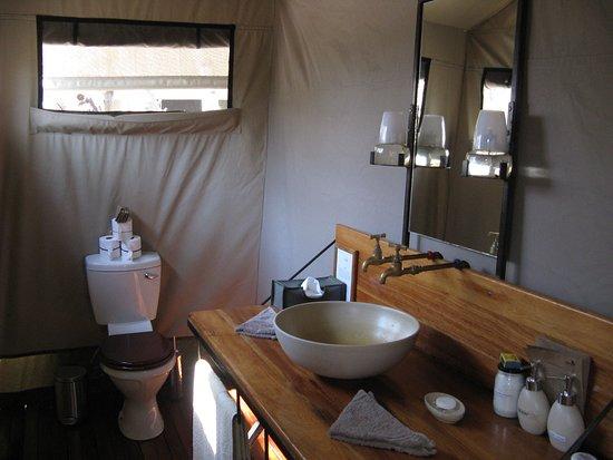 Moremi Game Reserve, Botswana: Bathroom