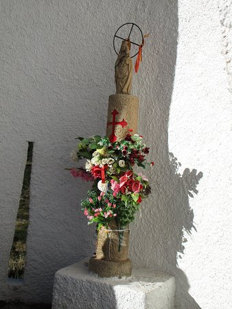 Candanchu, Spania: Capilla de la Virgen del Pilar en lo alto del Somport