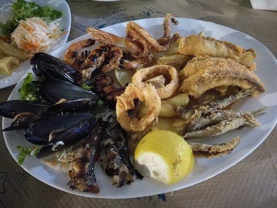 Molos Restaurant: IMG_20180924_202211_large.jpg