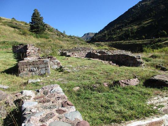 Candanchu, Spania: Ruinas del Hospital de Santa Cristina en Candanchú