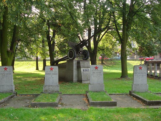 Cmentarz Zolnierzy Radzieckich