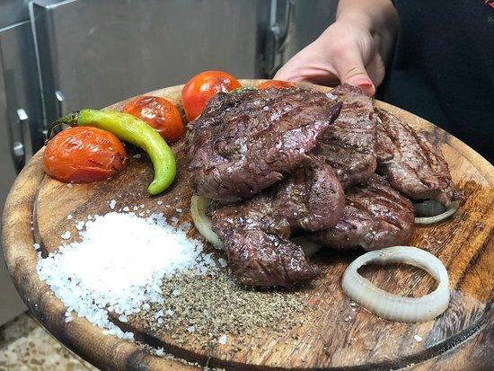 Fassuta, อิสราเอล: Steak