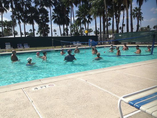 San Benito, TX: Water Volleyball