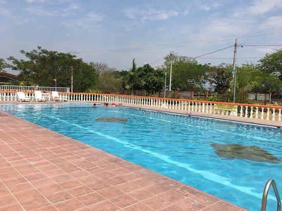 Alvarado, Colombie : piscina
