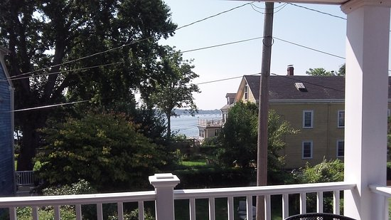 Morning Glory Bed & Breakfast: View of Salem Harbor from our deck.