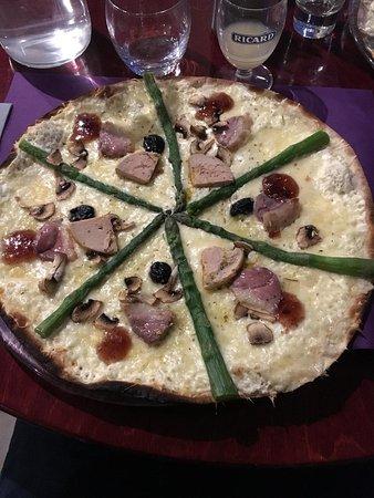 La Cavalerie, ฝรั่งเศส: La gourmande : spécialité pizza