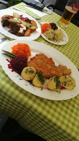 Comida polaca muy rica, bien de precio y bien ubicado