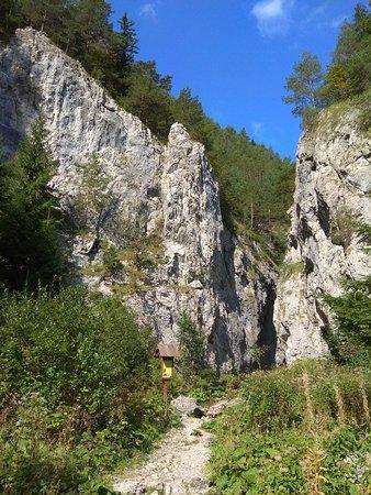 Prosiek, Slovakia: Okruh Prosieckou a Kvačianskou dolinou