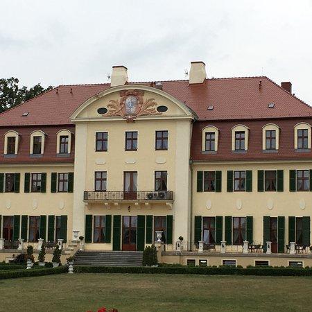 Palac Radomilow