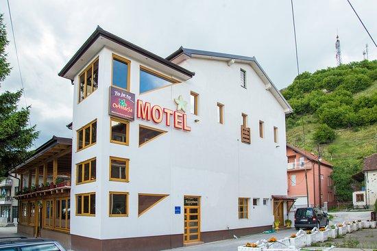 Donji Vakuf, Bosnien und Herzegowina: Outside