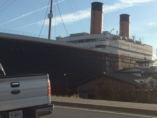 Gillette Motel: Titanic museum and attraction