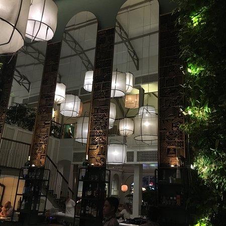 BATIK Restaurant Bar : photo0.jpg