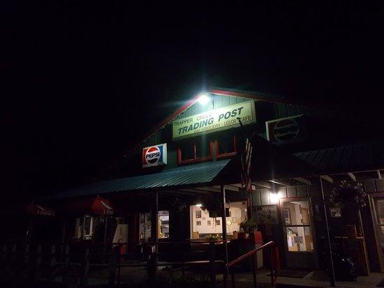 Trapper Creek, Alaska: Night photo of the Trapper Creek Trading Post, Trapper Creek, Alaska.