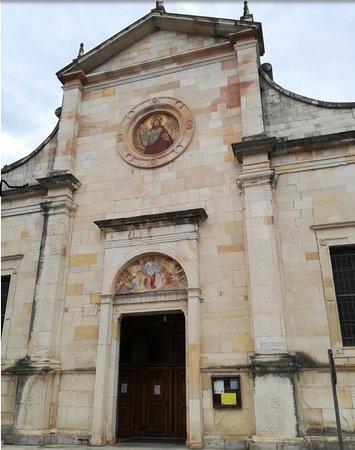 Angera, Italy: S. MARIA Assunta