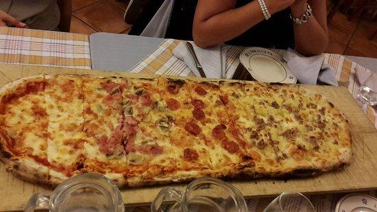 Candela, Ιταλία: 20150817_220449_large.jpg