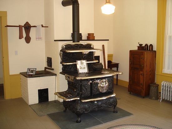 Groton, MA: Boston made HUB cook stove in the Boutwell House restored kitchen