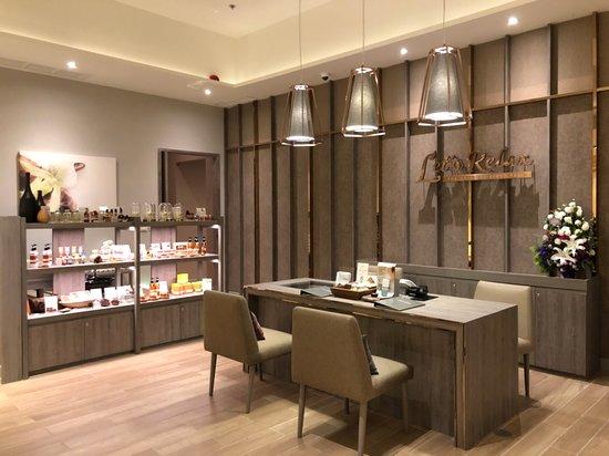 Let's Relax Spa : Bangkok Arnoma Hotel