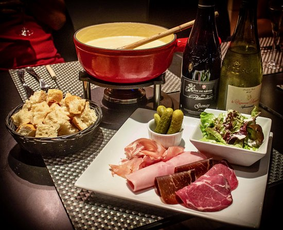 Fondue Savoyarde Aux 4 Fromages Picture Of La Table D Aur