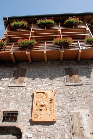 San Lorenzo in Banale, Ý: Dettaglio di un'abitazione