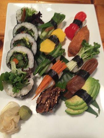Syun Japanese Restaurant & Sake Club: vegie sushi platter