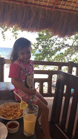 Zamboanguita, Philippines: The restaurant, amazing views and always a nice breeze