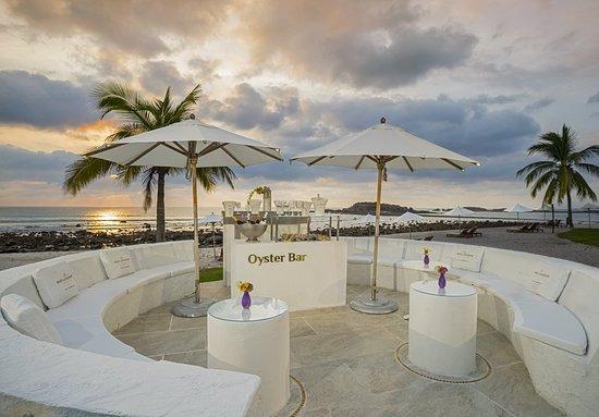The St. Regis Punta Mita Resort: Restaurant