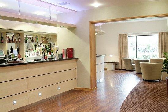 Cranfield, UK: Bar/Lounge
