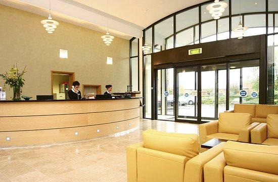 Cranfield, UK: Lobby