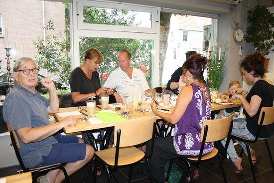 Koog aan de Zaan, The Netherlands: Gezelligheid