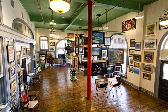 1894 Gallery