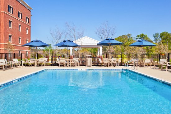 Candlewood Suites Bldg. 3440 On Redstone Arsenal (An IHG Army Hotel): Pool