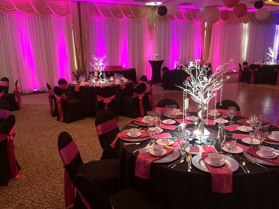 Radisson Suite Hotel Oceanfront: Ballroom
