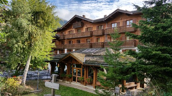 Hotel Beauregard : Au milieu des sapins