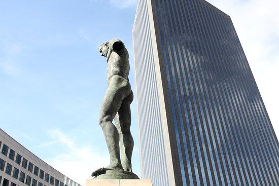 Statue Icare
