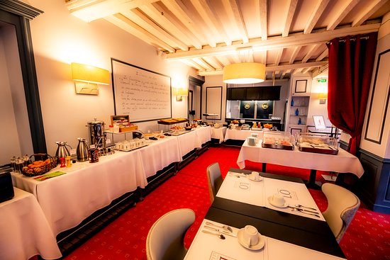 HOTEL Le Lion d'Or: Notre petit déjeuner buffet
