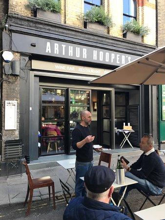 Arthur Hooper's: Mid afternoon bottle