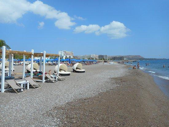 Ammades Seaside Restaurant & Bar: плажа