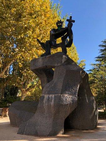 Monumento a los Reyes Aragoneses