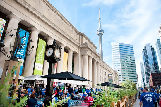 Toronto, Canada: Union Station - Canada's busiest transportation