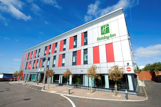 Ramada encore luton airport review of holiday inn london luton airport luton tripadvisor for Hotels in luton with swimming pool