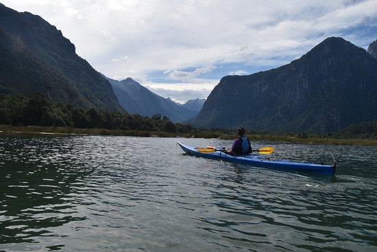 Alsur Expediciones: Fiordo Cahuelmo (PARQUE PUMALIN)