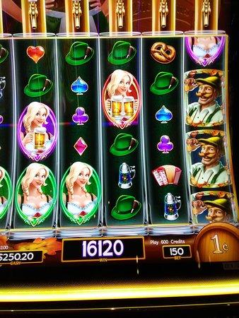 Montego Bay Casino Resort: Heidi Slots has fun bonuses.