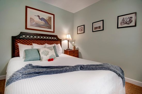 Coconut Palm Inn: Guest room