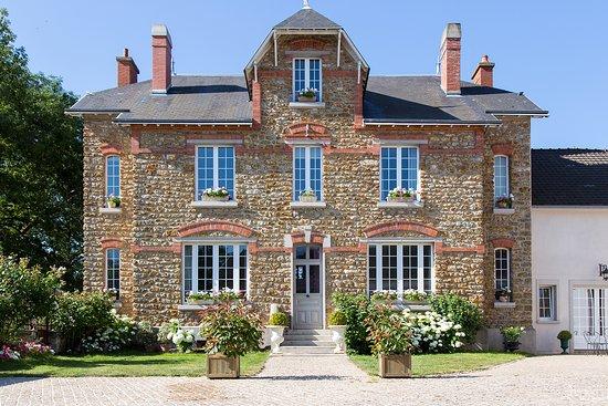 Maisons de Champagne Auguste Huiban & Paul Augustin